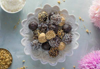 No Bake Chocolate Coconut Snack Balls