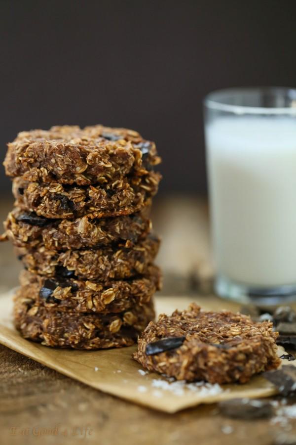 Double chocolate banana chunk cookies – Gluten free and vegan