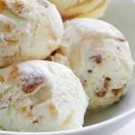Homemade Vanilla Toffee Ice Cream