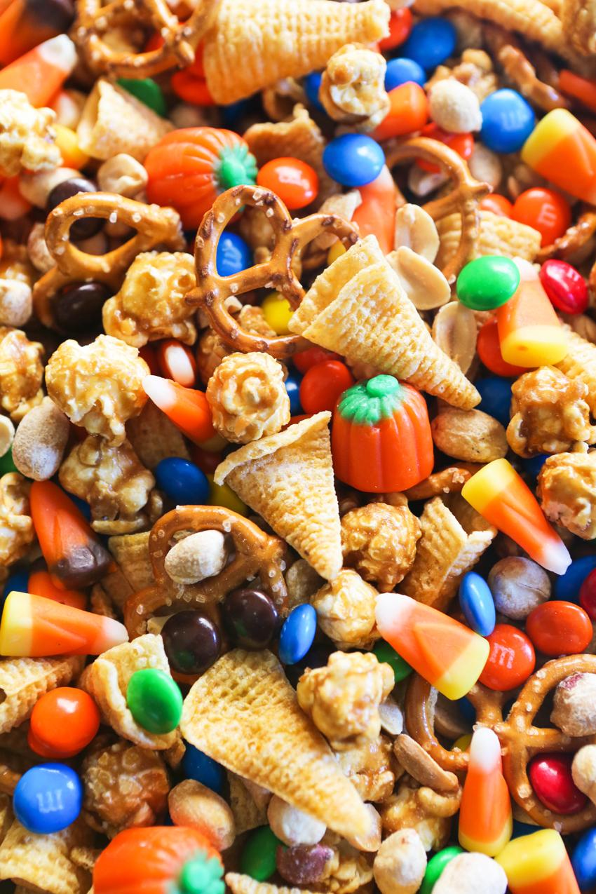 Halloween Sweet & Salty Snack Mix